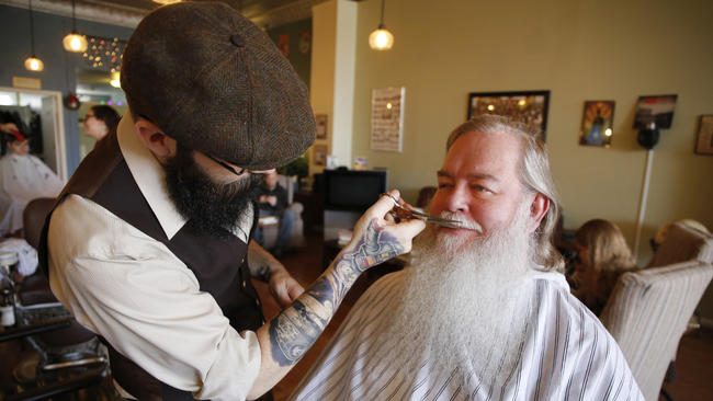 Luxury Beard Trimming Services