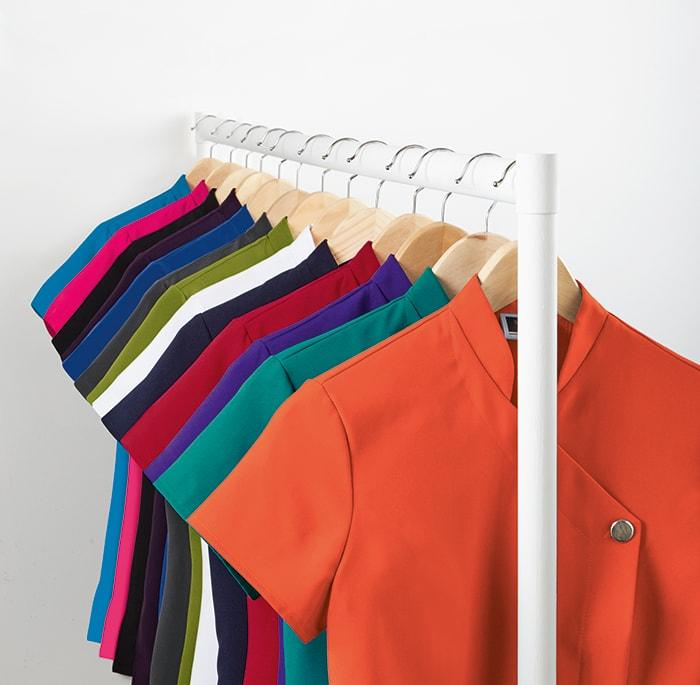 statement colour aprons