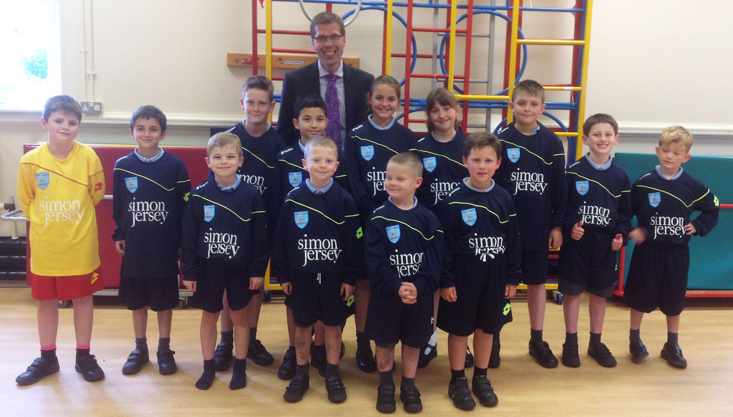 SchoolFootballTeam-Header