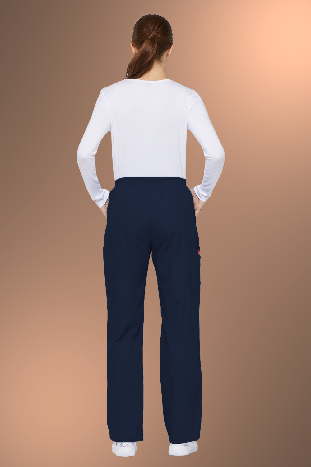 Dickies Scrubs EDS Women/'s Mid Rise Tapered Leg Pull-On Pant